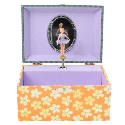 muziekdoosje bloemen kat van egmont toys met ballerina