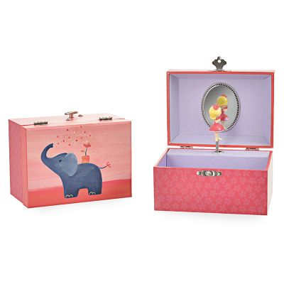 Egmont toys juwelkoffertje met muziekje. Aan de binnenkant een meisje die ronddraait als de muziek begint te spelen.